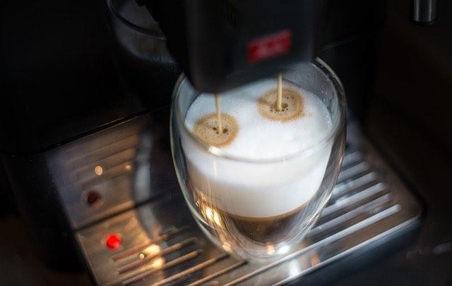 4 astuces simples pour préparer du café glacé à la maison