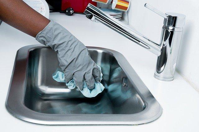 Nettoyer tous les recoins de la maison en toute sécurité